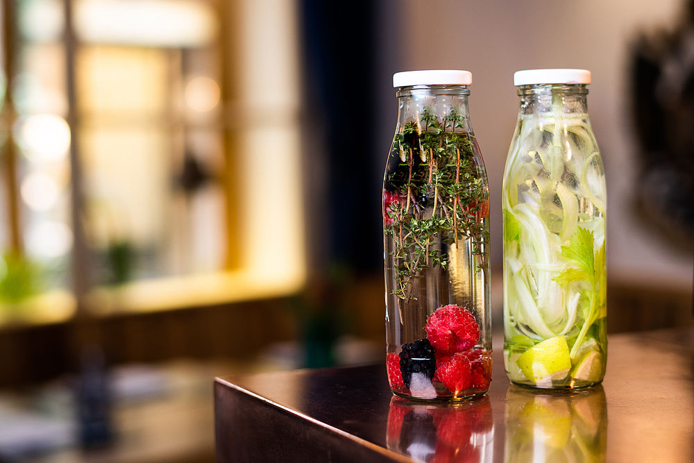 Infused Water für Take-away im Gasthof Goldgasse
